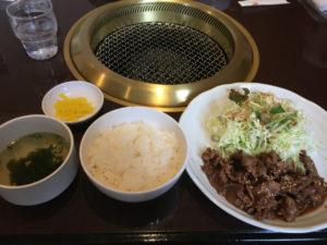 ランチの焼肉定食です。